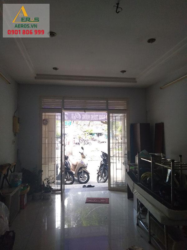 Hiện trạng thi công nội thất cửa hàng nail Tati 289 của chị Tú tại quận 4, TP.HCM