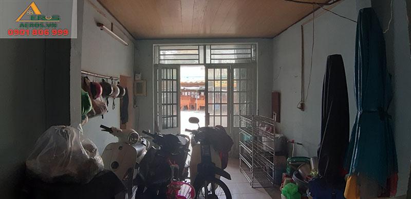 Hiện trạng trước thi công tiệm nail NT của chị Nguyên